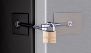 Black/Stainless Refrigerator Lock (for two-tone appliances)